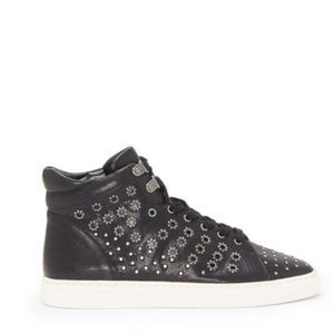 NWT VINCE CAMUTO high-top leather sneakers